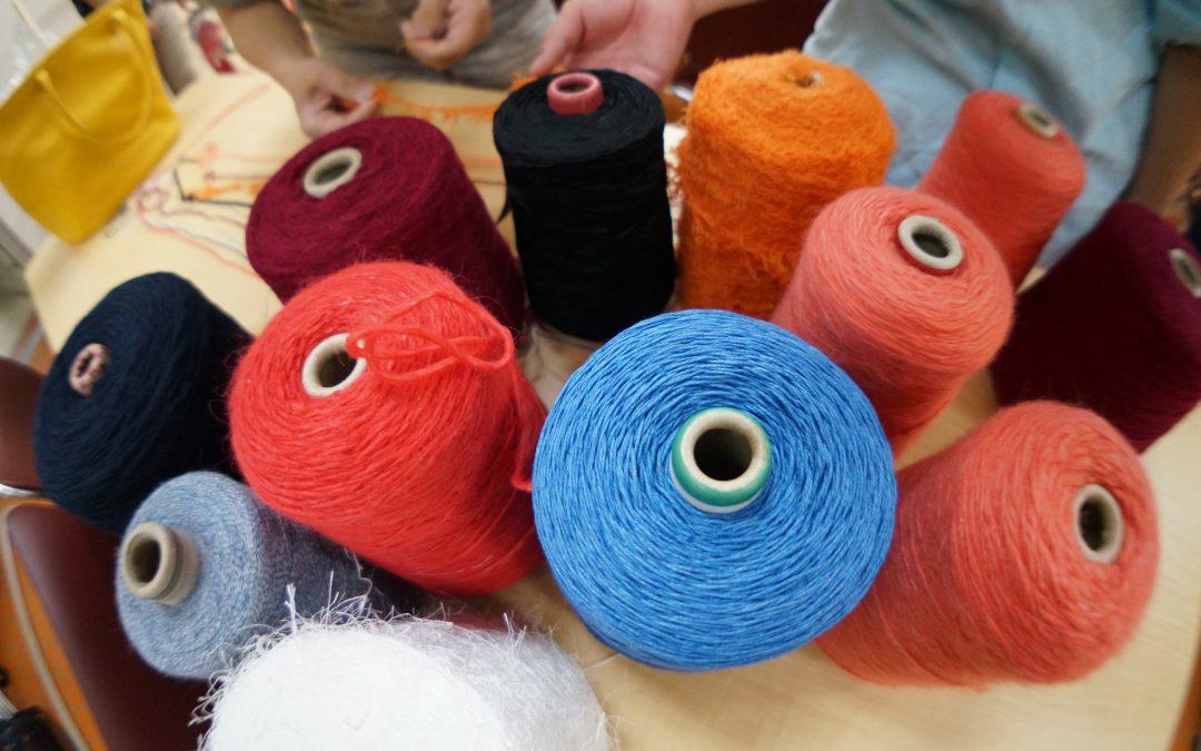 【ニット業界を牽引する丸安毛糸様から高級素材を提供!!】